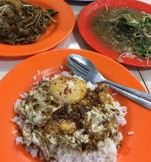 Resep telur ceplok semur kecap. Icip Nasi Ayong 999 Sajikan Nasi Telor Dadar Yang Sederhana Tapi Nikmatnya Bikin Rela Antre