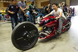It is widely bought via the internet and used by those who don't have plenty of time to sprint to the gym. Pin On Bike Art Inspirations