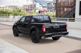 2018 nissan frontier midnight edition. delighful frontier slide 2 of 9 2018nissanfrontiermidnighteditionrear intended 2018 nissan frontier midnight edition