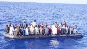 Risultati immagini per foto gommoni immigrati