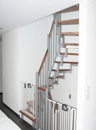 Zudem sollte die treppe möglichst breit sein. Kindersicherung Fur Treppen Infos Im Stadler Treppen Blog