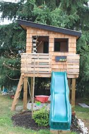 realize a playful wooden fort