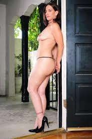 Good looking MILF Melissa Monet is ready to take off her tight.