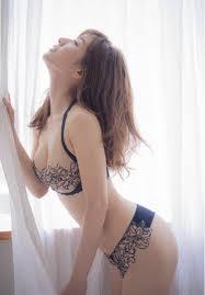 「田中みな実 乳」の画像検索結果