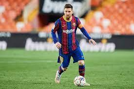 """برشلونة يثير التكهنات بـ""""تغريدة""""... هل اتفق مع ميسي على التجديد؟"""