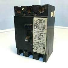 cutler hammer breaker box. Cutler Hammer Amp Breaker Box 3 Pole Circuit 200 Panel Eaton . With A Federal Pacific Stab Breakers R