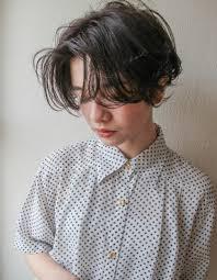 外国人風うざ前髪ショートヘアスタイルsr 17 ヘアカタログ髪型