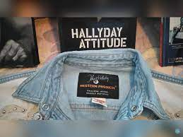 Hallyday was known by many as france's answer to. Chemise Johnny Halliday En Jean A Clous Et Cuir Petites Annonces Vente A Antibes