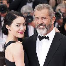 Mel Gibson wird mit 60 nochmal Vater ...