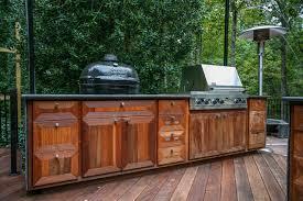 Outdoor kitchen modern-kitchen