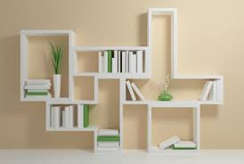 Tips and tricks to clutter-free shelves