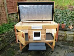 outdoor heated cat house for multiple cats