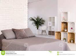 Helles Schlafzimmer In Der Skandinavischen Art Stockbild Bild Von