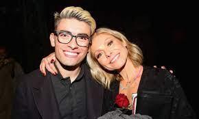 Kelly Ripa's son Michael Consuelos ...