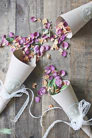 How To Make Paper Cones For Flower Petals Diy Burlap And Lace Wedding Petal Cones The Elli Blog