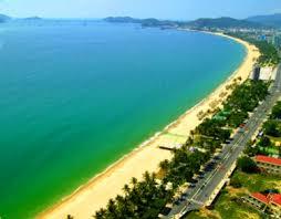 Image result for bải biển Nha Trang ngày xưa