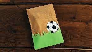 Klicken sie auf eine der vorschaubilder oder spezielle. In 7 Einfachen Schritten Zum Fussball Geburtstag Frecher Fratz