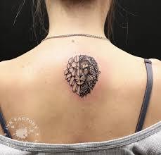 лев с цветами сделано в Inkfactory