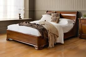 manoir socle bed