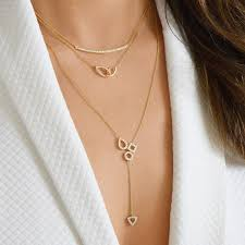 10 delicate diamond necklaces for your rehearsal dinner