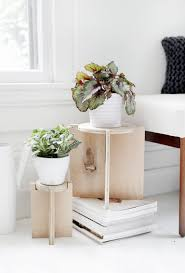 diy wooden plant stand themerrythought
