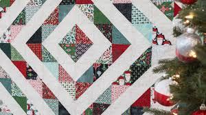 Half Square Triangle Quilt Designs Tips For Making Half Square Triangles Free Quilt Pattern A Shabby Fabrics Tutorial