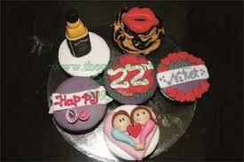 Send Boyfriend Cupcakes To Gurugram Online Buy Boyfriend Cupcakes