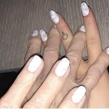 Ariana Grandes Cloud Nail Art Nails In 2019 Ariana Grande Nails
