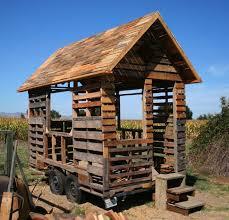 pallet building plans. wooden pallet house plans building