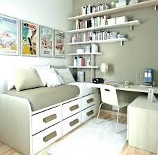 bedroom bookshelves bedroom bookshelves master bedroom shelf ideas