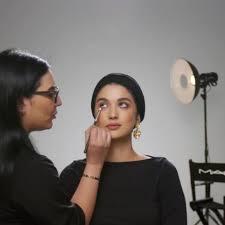 a mac cosmetics makeup tutorial for a pre dawn meal during ramadan has split the internet