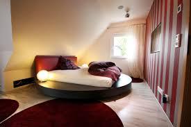Schlafzimmer Dachschrage Holz Parsvendingcom