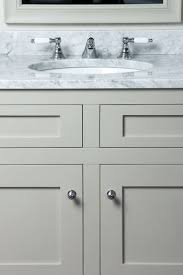 Mirrored Bathroom Cabinets Uk 17 Best Ideas About Traditional Bathroom Furniture On Pinterest