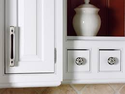 image of white kitchen cabinet pulls