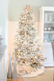 Coastal-Christmas Tree