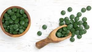 Spiruline : les vertus santé de l'algue miraculeuse : Femme Actuelle Le MAG