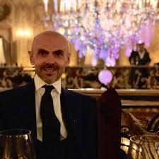 Enzo Miccio biografia: età, altezza, peso, figli, compagno e vita privata -  Spettegolando