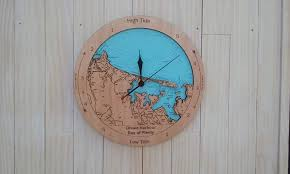 wooden tide clock ohiwa harbour ohope beach
