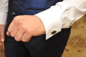 新郎男性ゲスト必見結婚式で合わせたいオシャレで素敵なカフス