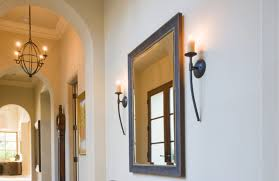 you hang a mirror with command strips