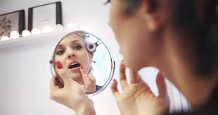 using makeup doesn t hide women s real