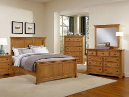 bedroom furniture and decor. Light Wood Furniture Exclusive. Bedroom Exclusive And Decor