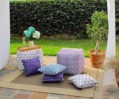 DIY Outdoor Pillows and Cushions