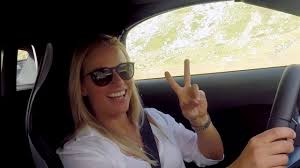Lara Gut auf der Grand Tour of Switzerland. - YouTube