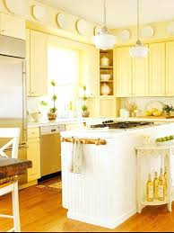yellow paint colors er kitchen cabinets benjamin moore