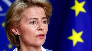 Ursula von der leyen bezradnie patrzy jak prezydent turcji erdogan i szef rady europejskiej siadają, a dla niej nie ma wolnego miejsca. Ursula Von Der Leyen First Woman To Lead The Eu Bbc News