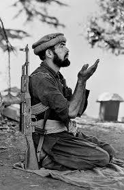 """Análisis del mito del """"blowback"""" afgano. ¿Hasta qué punto es cierto que  entrenamos a los yihadistas desde su cuna?"""