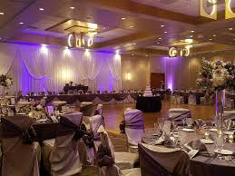Crystal Light Banquets Chicago The Chicago Marriott Southwest At Burr Ridge Offers A Modern