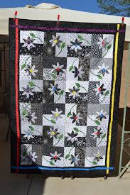 Black & White UPSY DAISY Twin Quilt by DesertCharm on Etsy, SOLD ... & Black & White UPSY DAISY Twin Quilt by DesertCharm on Etsy, SOLD. Adamdwight.com