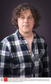 Alan Davies: I don't buy into the Government's austerity programme